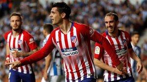 Morata lideró la victoria del Atlético en Anoeta con un doblete
