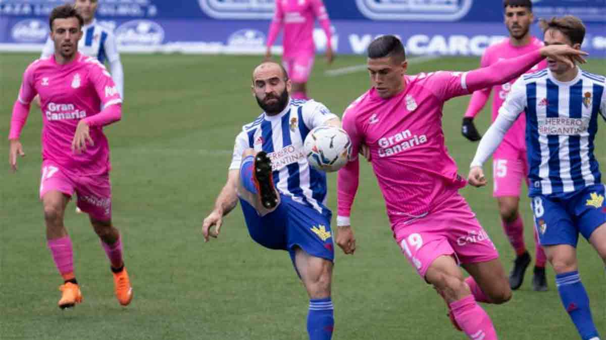 El resumen del empate a cero entre la Ponferradina y Las Palmas