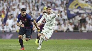 Sergio Ramos acabó desesperado el clásico del Bernabéu