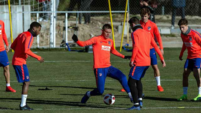 Simeone recupera a Lucas y Godín