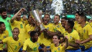 Arthur ganó su primer clásico con la camiseta de Brasil