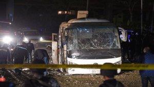 Autobus comba en egipto deja al menos 3 muertos