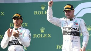 Bottas, en lo alto del podio en Australia