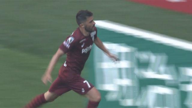 David Villa marcó el tercer gol del Vissel Kobe en la victoria ante Shonan Bellmare