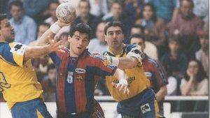 Enric Masip, entre Aitor Etxaburu y Armand Rubiño en la final de 1996