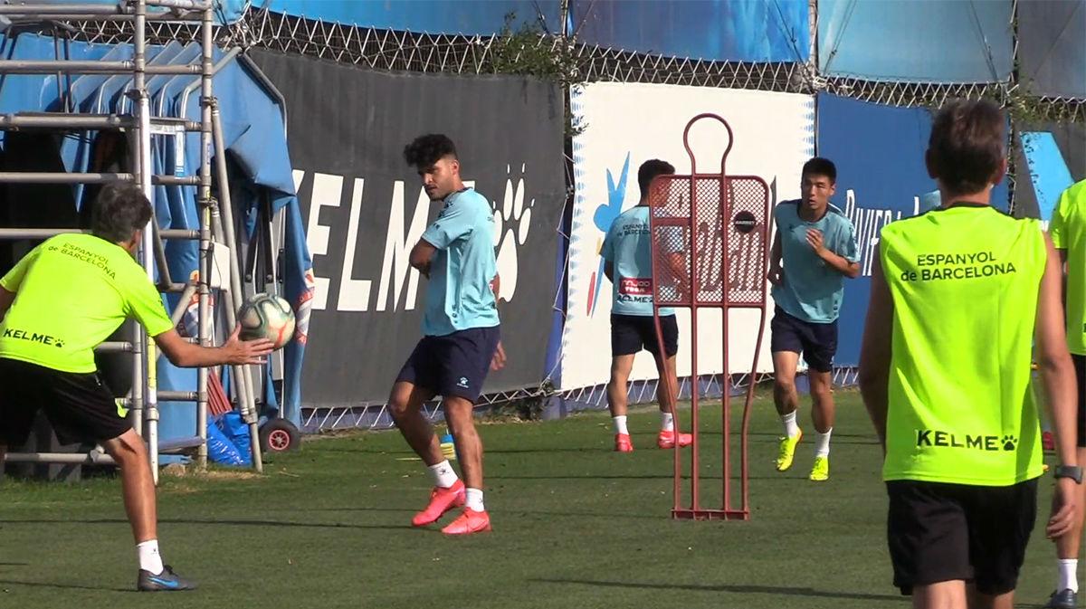 El Espanyol se entrena buscando reencontrar las buenas sensaciones