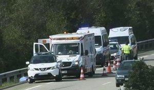Fallece tras tirarse en marcha de una ambulancia