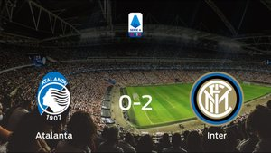 El Inter vence en el Stadio Atleti Azzurri dItalia al Atalanta (0-2)
