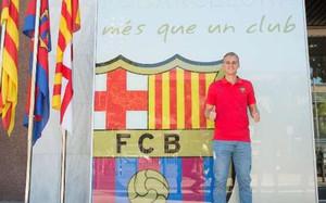 Jasper Cillessen, ante las oficinas del Barça