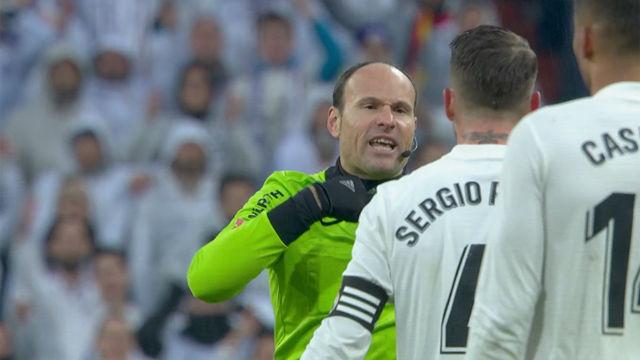 Mateu Lahoz volvió a ser protagonista: ¿por qué cortó este contragolpe?