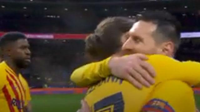 Messi y Griezmann se fundieron en un abrazo tras la victoria en el Wanda