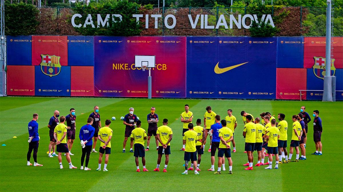 ¡Por fin todos juntos! Así se ha entrenado el Barça por primera vez de forma colectiva
