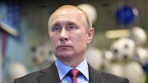 Putin asegura que Rusia ya tiene la primera vacuna contra el coronavirus del mundo