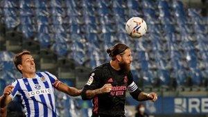 Ramos, en una acción del duelo en el Reale Arena