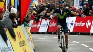 Valverde arrancó dentro del último kilómetro de Lo Port