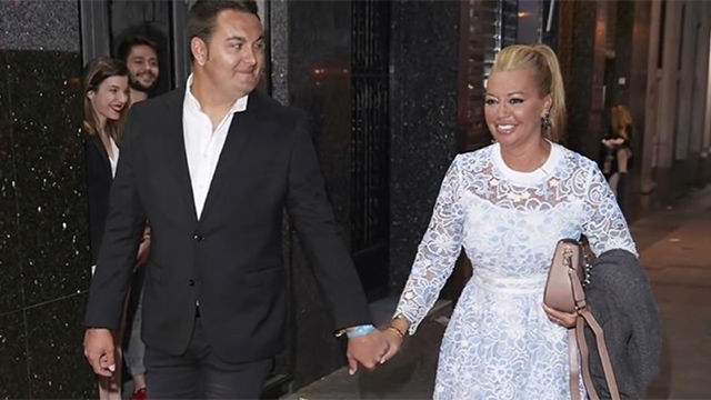 El vestido de novia de Belén Esteban al detalle y la boda con Miguel Marcos y su triste secreto