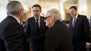 Vilaseca conversa conJosep Maria Bartomeu en el Palau de Pedralbes