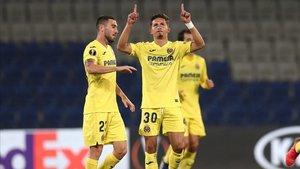 Yéremi Pino celebra el tanto del empate.