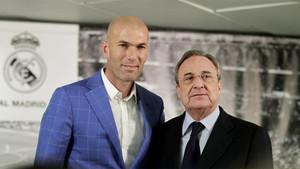 Zinedine Zidane y Florentino Pérez ya han cerrado los puntos de la renovación del técnico por el Real Madrid
