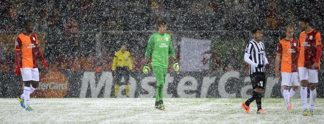 El temporal detiene el Galatasaray-Juve