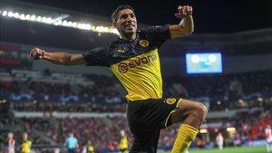 Achraf ha alcanzado un gran nivel en el Borussia Dortmund