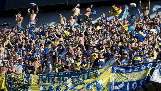 La afición de Boca Juniors brilló en el Camp Nou