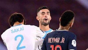 Álvaro protagonizó un incidente con Neymar