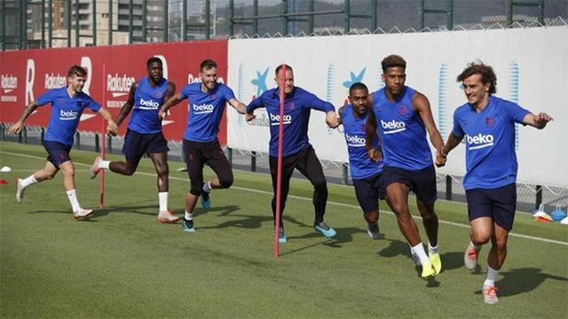 El Barça se ejercita con cinco del filial y con la vista puesta en Japón