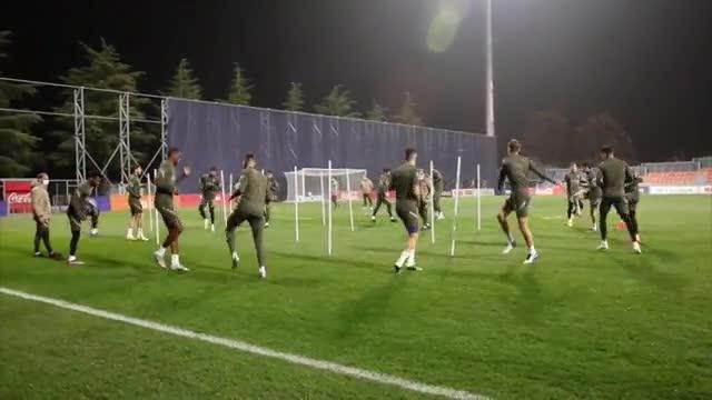 Diego Costa vuelve a entrenar en grupo a 72 horas de recibir al Barcelona
