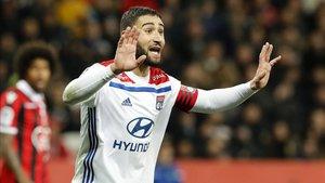 Nabil Fekir, jugador del Olympique de Lyon, interesa al Nápoles y al Betis