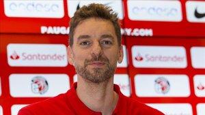 Pau Gasol felicitó al equipo de Scariolo