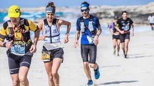 Sheila Avilés del Adidas Terrex entró en meta con un tiempo de 3:25:46