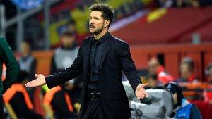 Simeone arrastra una sanción de ocho partidos
