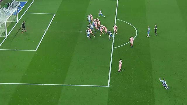 El VAR tardó demasiado pero era evidente: el gol del Espanyol, en fuera de juego