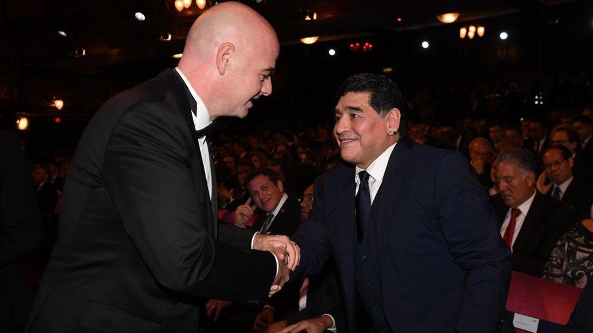 Maradona  raja  de Infantino 151d1dac96e