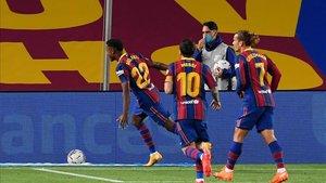 Ansu celebrando su gol en el Camp Nou