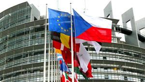 Aprobada la primera votación en Europa para la polémica censura de Internet
