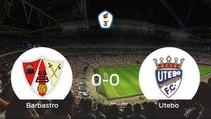 El Barbastro y el Utebo concluyen su enfrentamiento en el Municipal de Deportes sin goles (0-0)