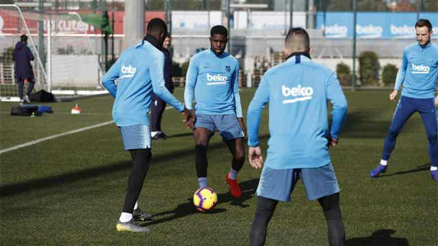 El Barça entrena sin Messi pero con la vuelta de Umtiti al grupo