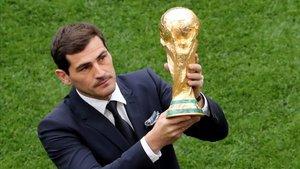 Casillas, en el décimo aniversario de un hito histórico