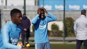 Cillessen fue la principal novedad en el entrenamiento del Barcelona