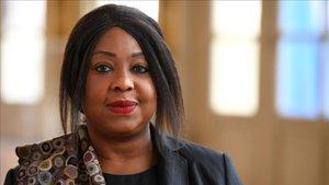 Fatma Samoura, secretaria general de la FIFA, firmó la carta que cambiará el funcionamiento de las federaciones