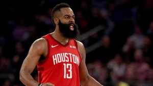 James Harden sigue haciendo historia en la NBA