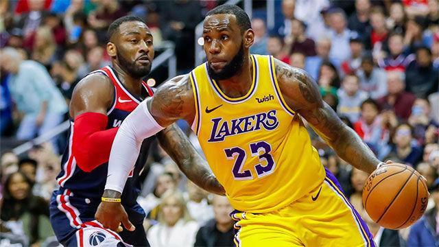 Los mejores mates de LeBron con los Lakers