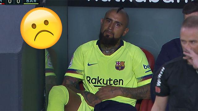 Otro cambio y otro emoji de Vidal: La reacción del chileno tras ser sustituido ante el Athletic
