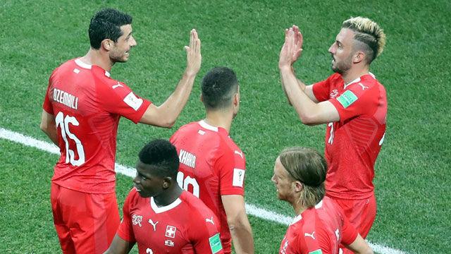Suiza hace los deberes y estará en octavos de final