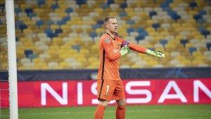 Ter Stegen mantuvo su portería a cero en Kiev