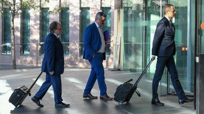 La llegada de los abogados del Barça al juicio