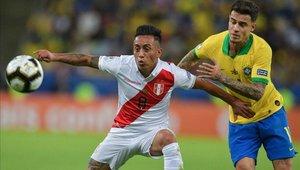 Christian Cueva no está terminando bien con Santos