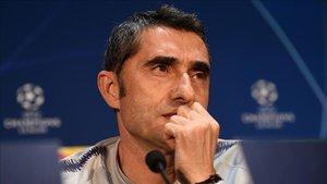 Ernestio Valverde, en la sala de prensa de Old Trafford